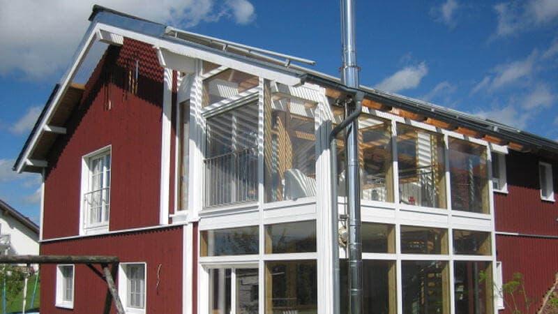 Schwedenhaus mit holzfassade