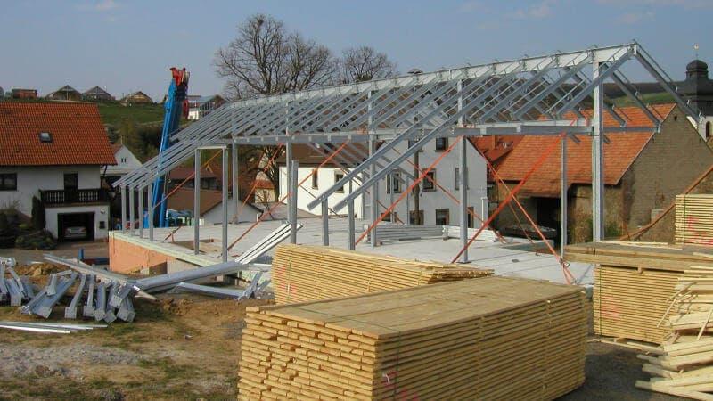 Gut gemocht Wohnhäuser aus Stahl und Holz SC56